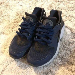 Men's huraches shoes